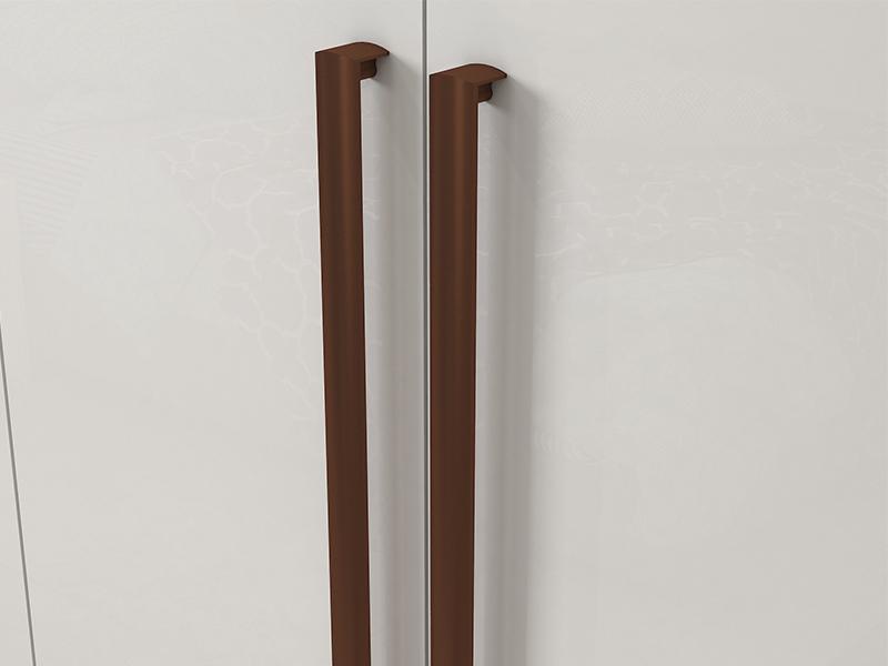 Puxadores das portas em Alumínio na cor Cobre